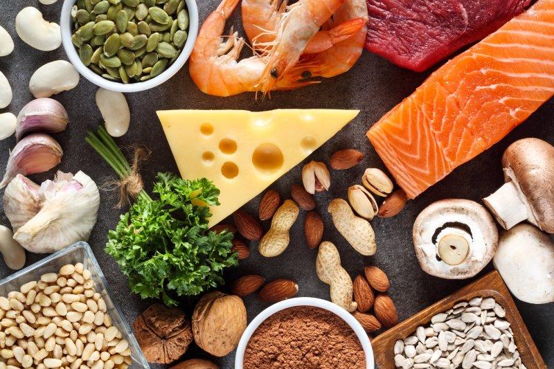 Jaki wpływ cynk i selen mają na zdrowie mężczyzny? Kiedy uzupełniać te składniki?
